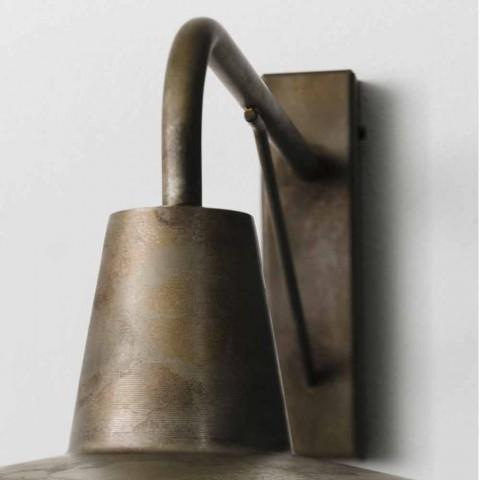 De pared a pared en el estilo industrial de hierro antiguo de Sally Il Fanale