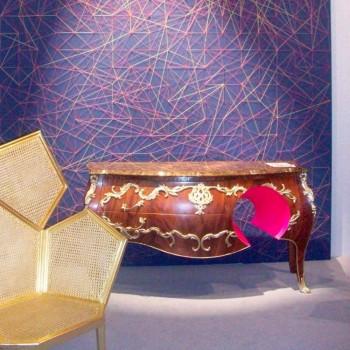 Cajonera de mármol y decoraciones en el diseño, hecho en Italia, Gildo