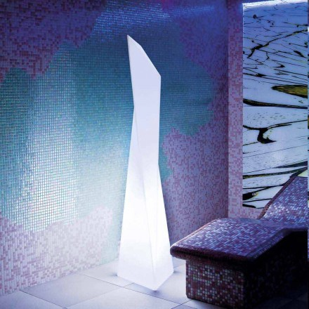 Lámpara de exterior Prisma blanca Slide Manhattan, fabricada en Italia.
