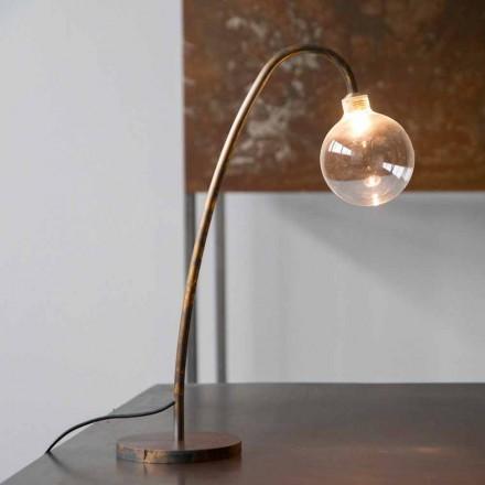 Lámpara de mesa de hierro hecha a mano con acabado dorado Made in Italy - Ribolla