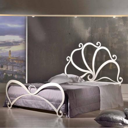 Cama doble de hierro de diseño con adornos de cristal Eden