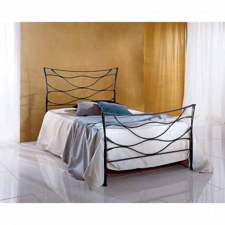 Una cama de plaza y media Hierro forjado Hydra