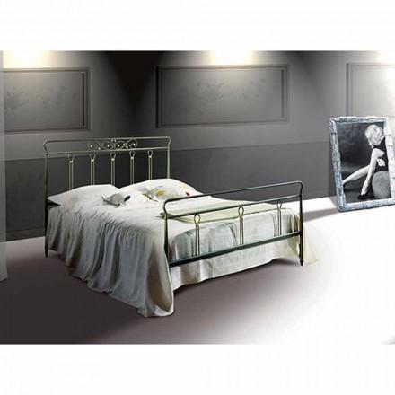 Una cama de plaza y media Hierro forjado Pan