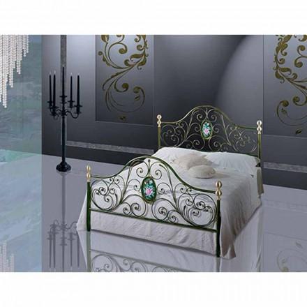 Una cama de plaza y media Hierro forjado turquesa