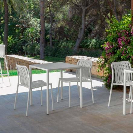 Trocadero moderna silla apilable al aire libre por Talenti, hecha de aluminio