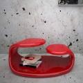 Mesita de diseño moderno fabricada en Italia modelo Baizo