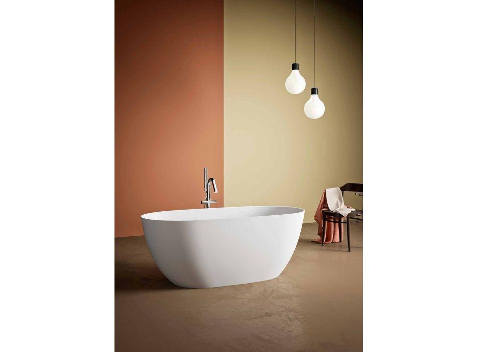 Bañera independiente, hecha en Italia, en superficie sólida - Flow